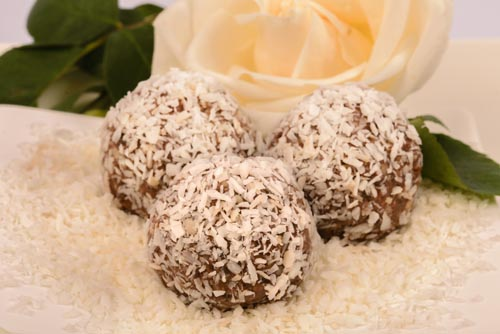 Healthy Dessert Almond Butter Balls